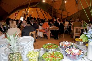 Feast-al-Fresco-Wedding (3)